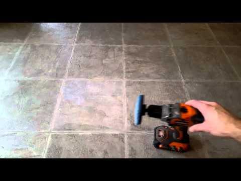 How to Clean Linoelum Floors