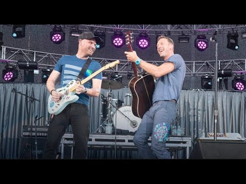Coldplay live - 2017.09.24 charlottesville benefit concert