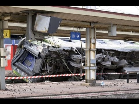 Video: Paris Train Crash 7 Dead Reported In French Capital   Bretigny-sur-Orges station