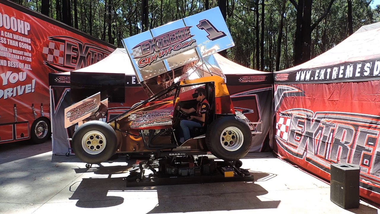 Extreme sprint car driving experience