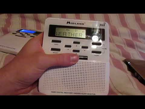 (YOUTUBE FIRST!!) ***RECEIVING HAM RADIO STATIONS ON MY VERSION 2 MIDLAND WR100!!!!***