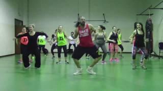 Acurrucate - DKB ft. Katia Aveiro - Juan Gonzalez Zumba Fitness