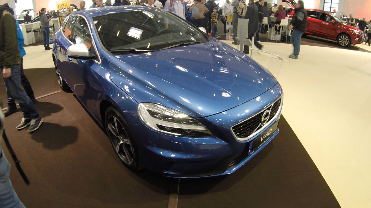 volvo v40 t3 r design momentum bursting blue colour. Black Bedroom Furniture Sets. Home Design Ideas