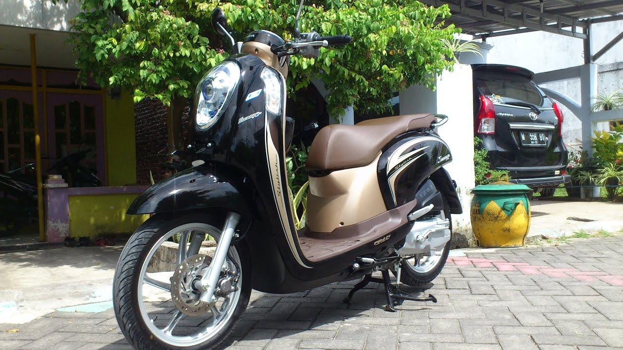 8 Pilihan Warna Honda Scoopy 2020 Oto