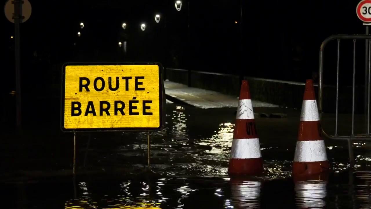 Crues pr paration des habitants l 39 inondation 23 for Boussy saint antoine piscine
