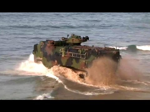 Amphibious Assault Vehicle AAV-7A1: Training on Beach