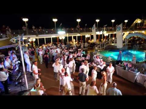 Cruise Azamara Quest