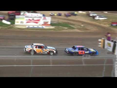 IMCA Hobby Stock Heat 1 Independence Motor Speedway 8/18/18