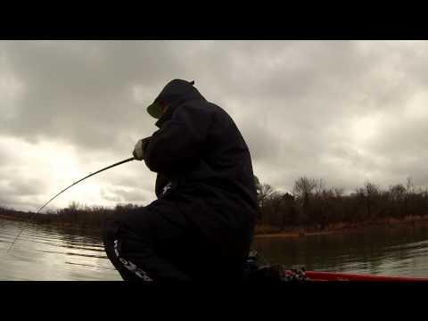 Bass fishing winter crankbait bass joe pool lake tx for Joe pool lake fishing report