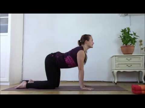 MOON YOGA: sanftes Hormonyoga (1. & 2.Zyklushälfte) - 35 Minuten