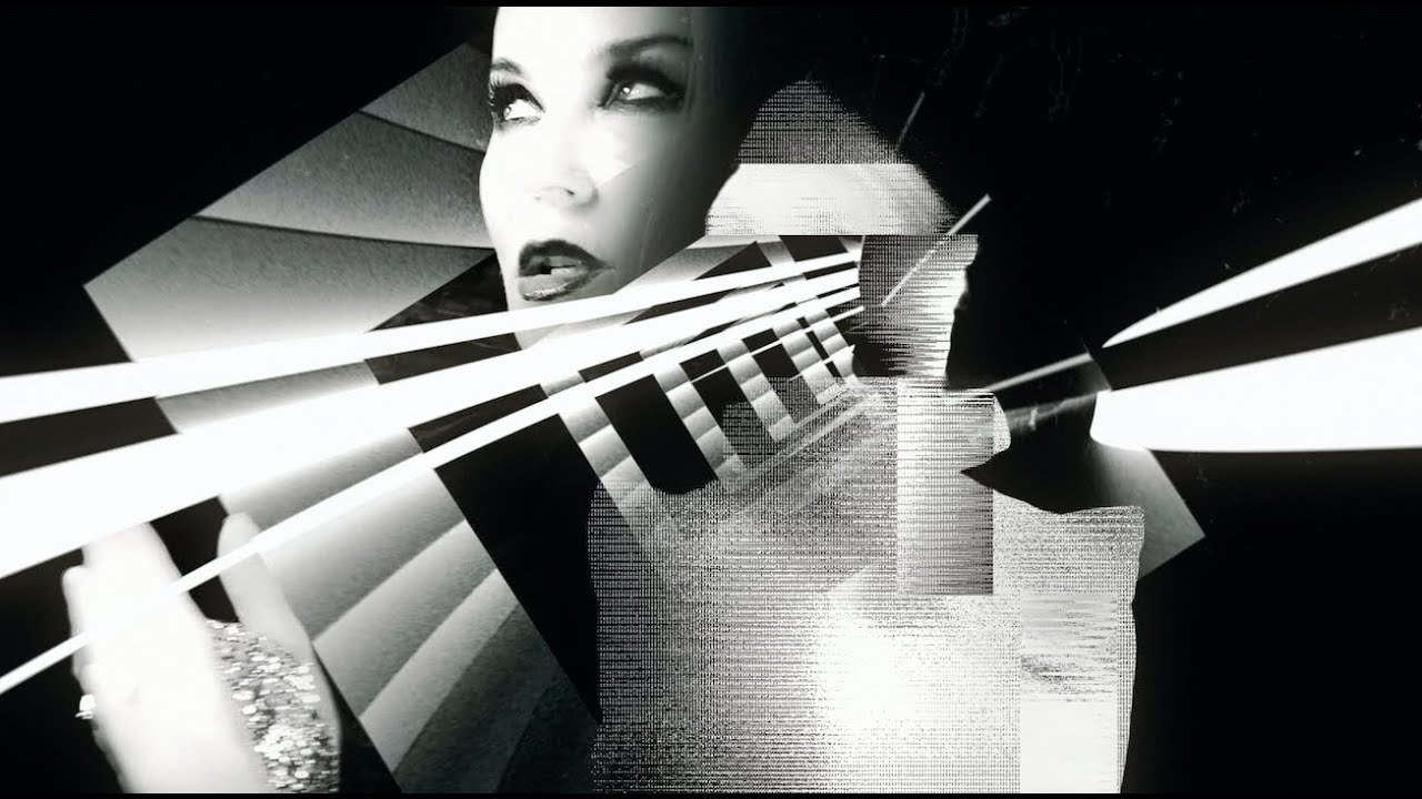 DAPHNE GUINNESS shares video for new single 'Looking Glass ...