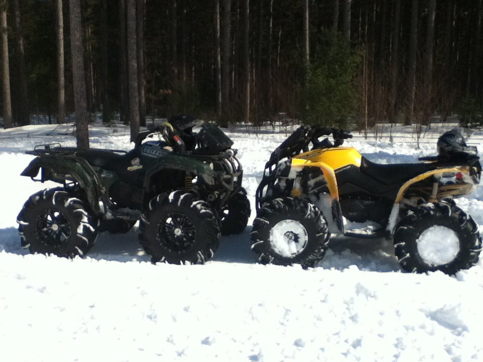 """Yamaha Grizzly 660 >> Renegade 1000 and a Yamaha Grizzly 660 on 31"""" outlaws - YouTube"""