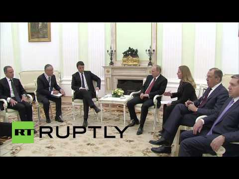 Russia: Putin talks trade with Italian PM Renzi in Moscow