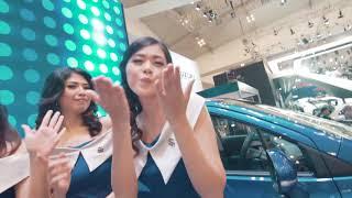Video YASMIN - Indonesia Auto Show (GIIAS 2017) download MP3, 3GP, MP4, WEBM, AVI, FLV Oktober 2017