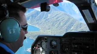 New Zealand scenic flight: Queenstown to Milford Sound