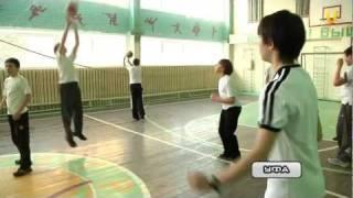 На уроках физкультуры будут танцевать и играть в лапту