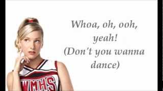 Glee Cast- I Wanna Dance With Somebody (with lyrics)