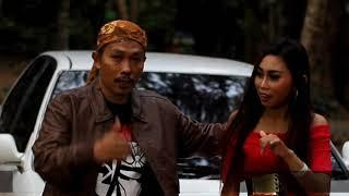 Download Lagu Annisa Gamelia - Simpang Lima Kediri [OFFICIAL]