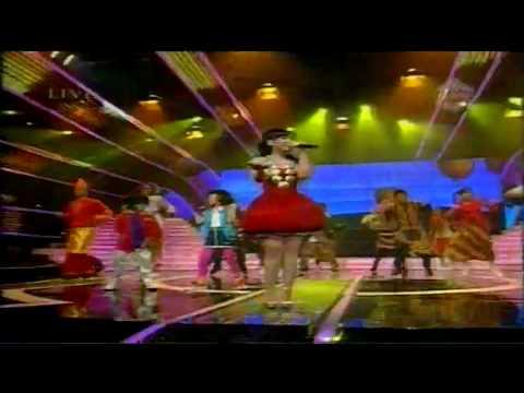 "Brandon Fay Nabila Gita Gutawa ""Doo Bee Doo"" Konser Merah Putih 6 August 2010 [HD]"