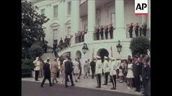 Nixon meets Indonesian president Suharto at White House