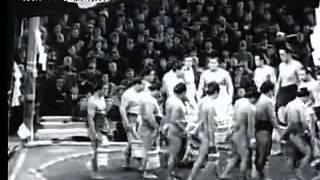 National Art of Sumo volume 18 : 1936 -- 1945 http://www.dosukoi.fr.
