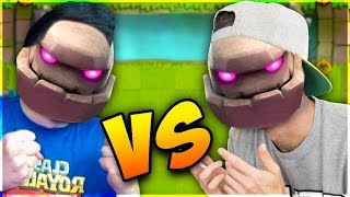GOLEM vs GOLEM - Clash Royale