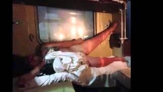 Приколы в поезде плацкарте, приколы над людьми!