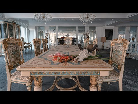 Abandoned Japanese Billionaire&39;s Mansion  $1000000 Art Collection