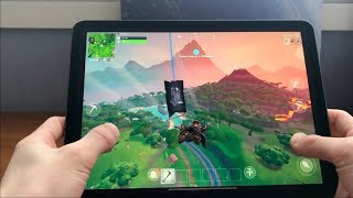 Winning a Game of Fortnite Season 8 on the New iPad Pro 2018! 60fps Fortnite Mobile!
