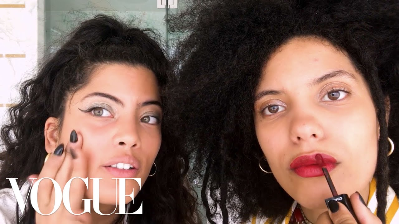"French-Cuban Sisters Ibeyi Do Their ""Going Out"" Beauty Routine 