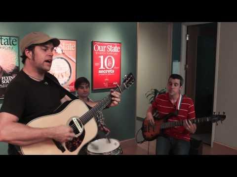 "Music in the Lobby: Aaron Burdett, ""Love We've Got"""