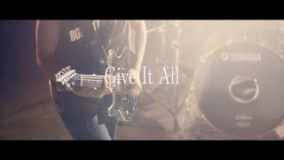 TOTALFAT - Give It All(MV)