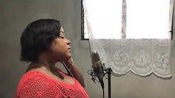 Madan Celigny Ap Chante - Dieu est là