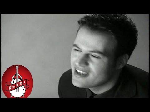 Hakan Peker - Aşkımız Göze mi Geldi  (1995)