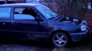 TUTO : Démonter le moteur d'une Golf en 2 secondes !