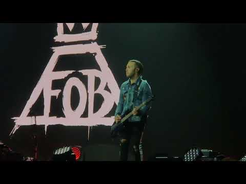 Fall Out Boy MANIA tour St. Paul FULL CONCERT