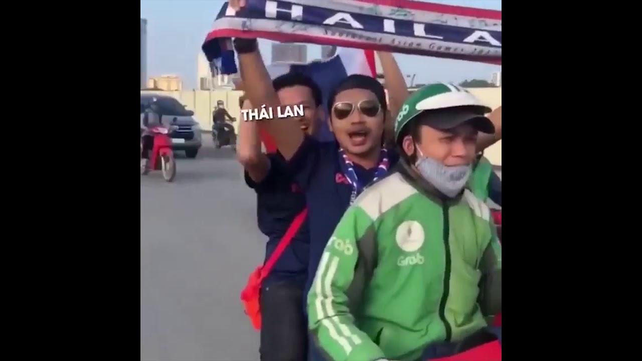 """""""Thái Lan! Thua Việt Nam!"""" - Cận cảnh và phổ nhạc màn cà khịa đỉnh cao của anh Grab"""