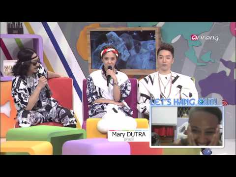 After School Club-Yoonmirae singing her favorite song to her fan   팬을위해 노래를 불러주는