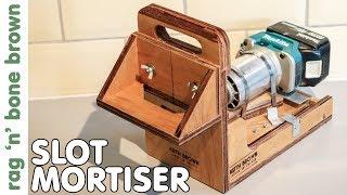 Slot Mortiser - handheld & cordless using the Makita trim router