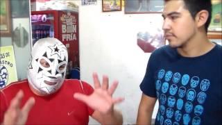 Lucha libre entrevista a super astro en su torteria.