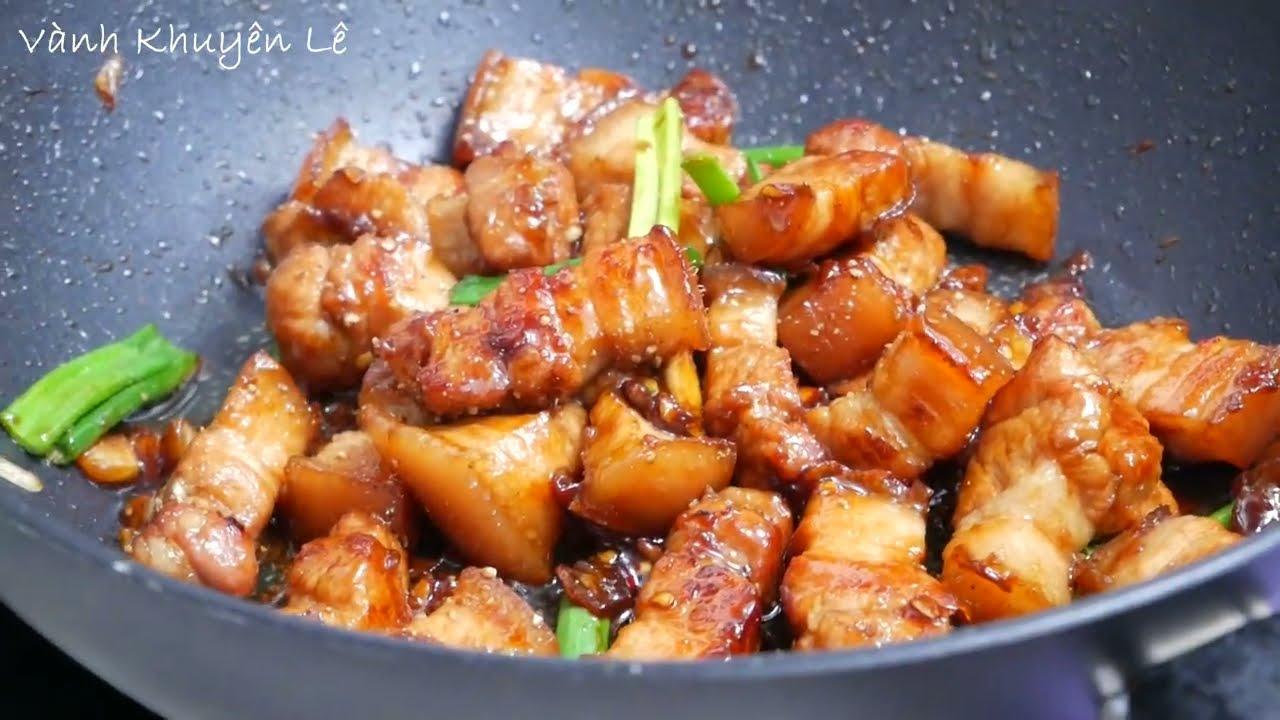 THỊT RANG / MỰC XÀO – Bí quyết ram thịt / rang thịt cháy cạnh và Mực Xào chua Ngọt by Vanh Khuyen