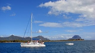 Mauritius - along the west coast in HD