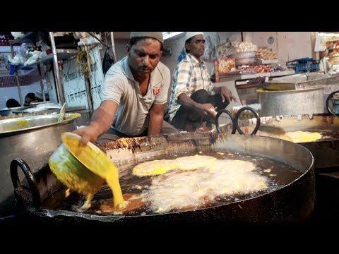 INDIA'S BIGGEST IFTAR Food Market | RAMADAN Special Muslim Street Food