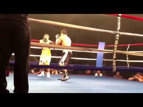 Oscar Moreno 5-0 5 KOs (118 fighter) esnews boxing