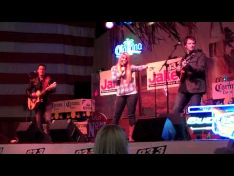 Lauren Alaina - Funny Thing About Love - OKC 2/2/12 mp3