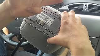 Renault Laguna 2 wyświetlacz w zagłówku, koszt 30PLN.text PL, GB, RUS, F, D, P, E.