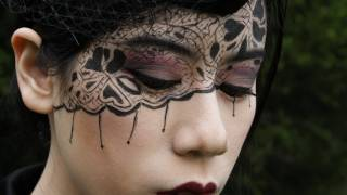 Black Lace Makeup Tutorial ~ Fables in Fashion