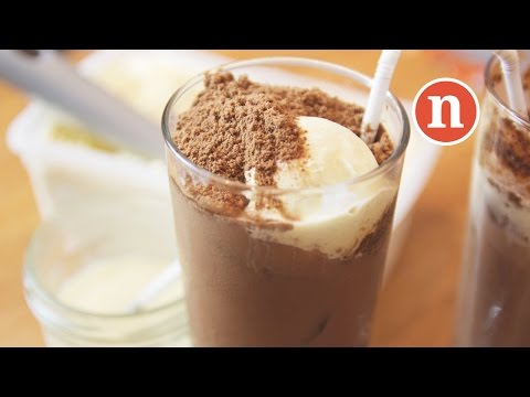 Chocolate Malt Drinks | Milo Dinosaur | Milo Godzilla [Nyonya Cooking]