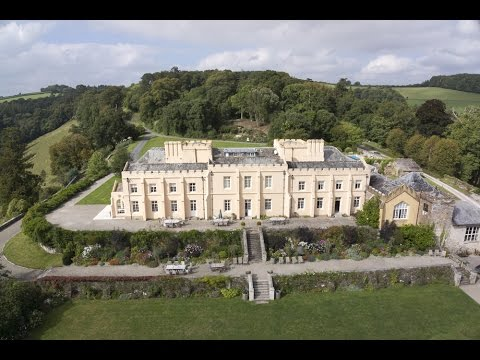 Welcome to Pentillie Castle & Estate