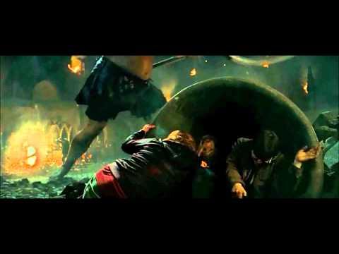 Battle of Hogwarts Scene: Deathly Hallows Part 2